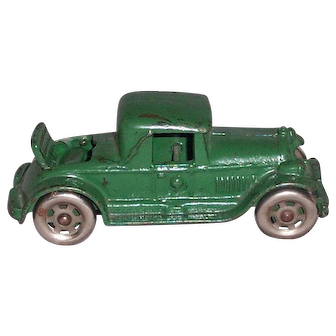 A.C. Williams Cast iron Coupe