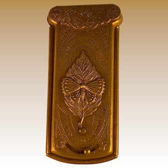 Avery Victorian Needlecase - Quadruple Golden Casket
