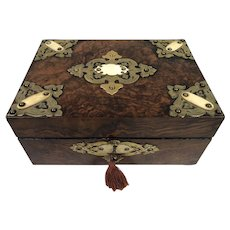 Antique Victorian English Burr Walnut Box c1860