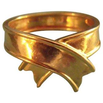 Rare Vintage 1980s Tiffany & Co. 18K Gold Ribbon Ring