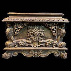 Large Unusual Late 18th century Carved Wood French Jardinere