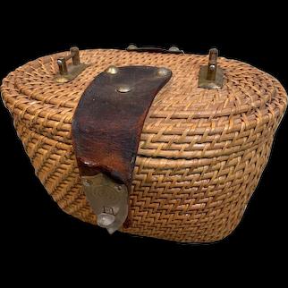 Very Fine Vintage Wicker Handbag
