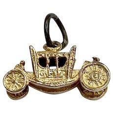 Coronation Coach Vintage Charm 9K Gold Three-Dimensional
