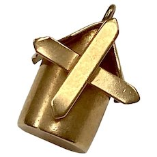 Tiny Moving Windmill Vintage Charm 9K Gold Three-Dimensional