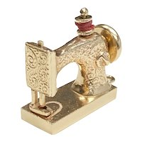 Mechanical SEWING MACHINE Vintage Charm 14K Gold Three-Dimensional