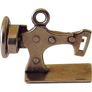 Mechanical Sewing Machine Moving Vintage Charm 10K Gold circa 1950's