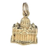 St. Peter's Basilica Vintage Charm 18K Gold Three-Dimensional