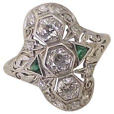 Art Deco Diamond 1.0 ctw Platinum Ring Emerald Accent