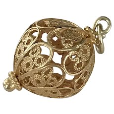 Filigree Ornament or Bauble Vintage Charm 18K Gold Three-Dimensional