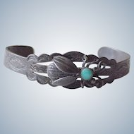 Vintage Native American Crafted Cuff Bracelet BEE Design Sterling Silver & Turquoise