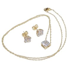 Beautiful Asscher Faceted Faux Diamond  4.75 Carats Total Set 14k Gold, Necklace & Earrings
