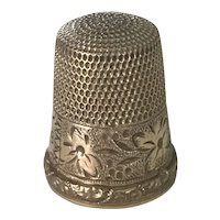 Antique Gold Filled Sewing Thimble Floral Engraved size 8