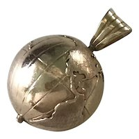 Globe Vintage Charm 14K Gold Three Dimensional circa 1950's