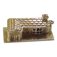 Ranch Style House Vintage Charm Three Dimensional 14K Gold circa 1950's