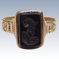 Victorian Era Ring 10k Gold Carved Onyx Intaglio, Roman Soldier