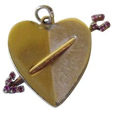 Big Jeweled Heart & Arrow Vintage Charm 14K Gold Three-Dimensional c. 1958
