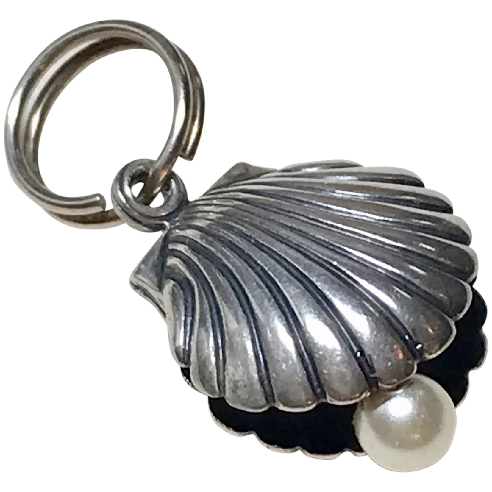 Sterling silver Beach Scallop Shell charm vintage # 796
