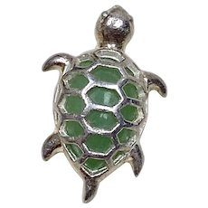 Sterling Silver Sea Turtle with Jade Gemstone Shell - Circa 1970