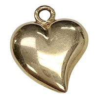 Witches Heart / Bewitched Heart Vintage Charm 18K Gold, Puffy Heart