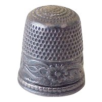 Vintage Sterling Silver Sewing Thimble, Floral Embossed Design