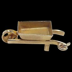 Vintage Moving Wheelbarrow Charm 9K European Gold circa 1950-60's