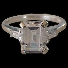 Elegant White Spinel Vintage Ring 10K White Gold circa 1960's