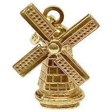 Moving Windmill Vintage Charm 18K Gold Three-Dimensional