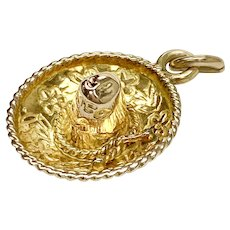 Sombrero Hat Vintage Charm 14K Gold Travel Souvenir Three-Dimensional