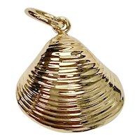 Clam Shell Vintage Nautical Charm 14K Gold Three-Dimensional