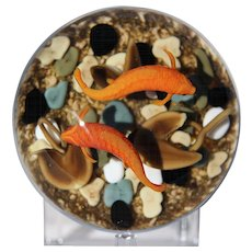 Large, FASCINATING & Exquisite GORDON SMITH Art Glass KOI FISH Pond PAPERWEIGHT