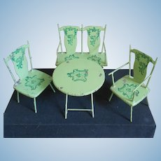 Very rare jade green iron furniture..and a washing table for free !
