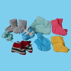 Sale !****8 pair ofknitted  socks and slippers for your dolls****