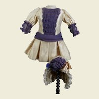 Fabulous costume 2-piece, wild silk, suitable for a 24 inches doll.