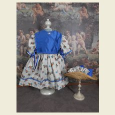 **Lovely, nicely made dress with matching hat***