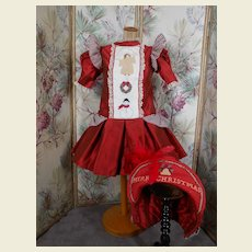 **Gorgeous hand embroidered Christmas costume !***