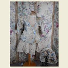 **Amazing 3-piece costume ** lace and velvet...