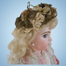 ***A Lovely coquettish hat for your French doll*****