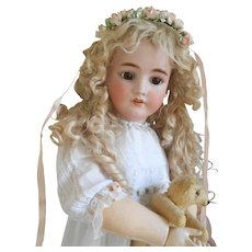 ***Stunning 30 inches doll...with original wonderful blonde mohair wig***