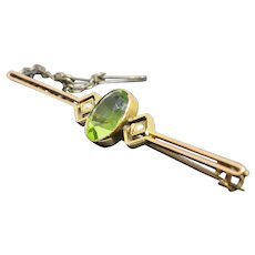 Art Deco 1930s 2.6T Peridot 9K Rose Gold Brooch Pin, 3.6g