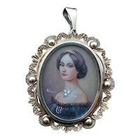 Antique Victorian c1910 Miniature Portrait in 9K Gold Pendant / Brooch, 9.4g