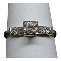 Vintage 0.12CT Diamond 14K White Gold Engagement Ring, 1.8g, size 5.25