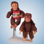 Neat little pair of vintage Monkeys