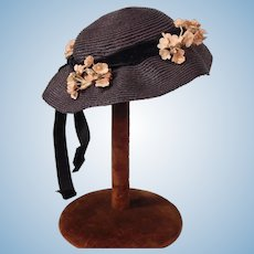 Nice Vintage hat with Hat Stand