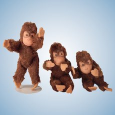 Three Wee, darling mohair monkeys for your Doll