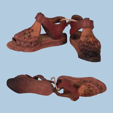 Darling Little Sandals to add to Your Doll house