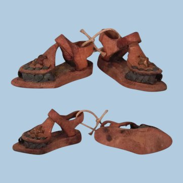 Another Tiny Pair of Sandals for your Doll house
