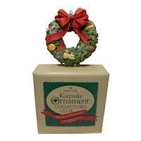 "1987 Charter Member Keepsake of Membership Ornament ""Wreath of Memories"""