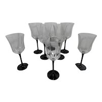 Vintage Set of 8 Black Stem Octime Luminarc Wine Glasses