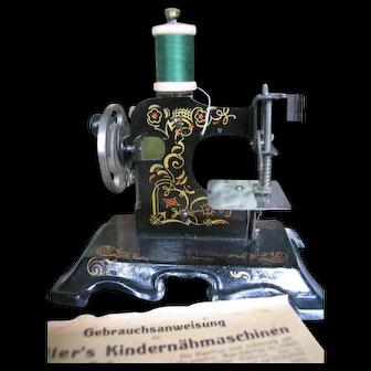 Müllers German Sewing machine !