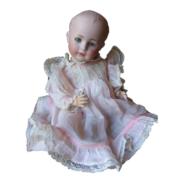 Simon & Halbig 1498   10 inches or 25 cm rare character doll.